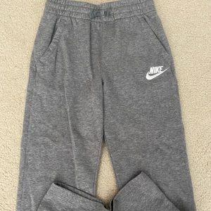 grey loose fit sweatpants